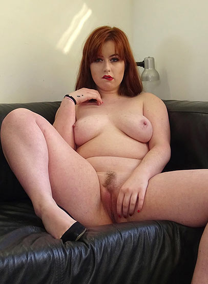 Preview Pascal Sub Sluts - SubSlut Kitty Misfit: loves older guys using her