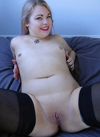 Preview Pascal Sub Sluts - SubSlut Violet Vulgarity: Fuck whichever hole you want...