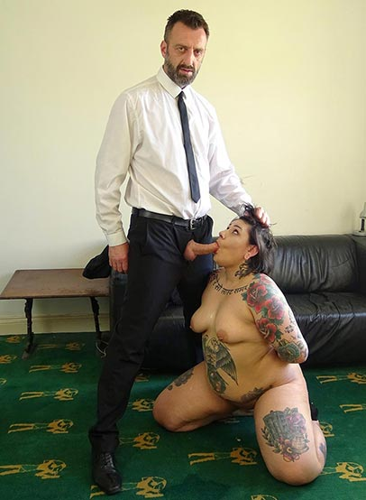 Preview Pascal Sub Sluts - SubSlut Lily Brutal: tiny tits, massive everything else