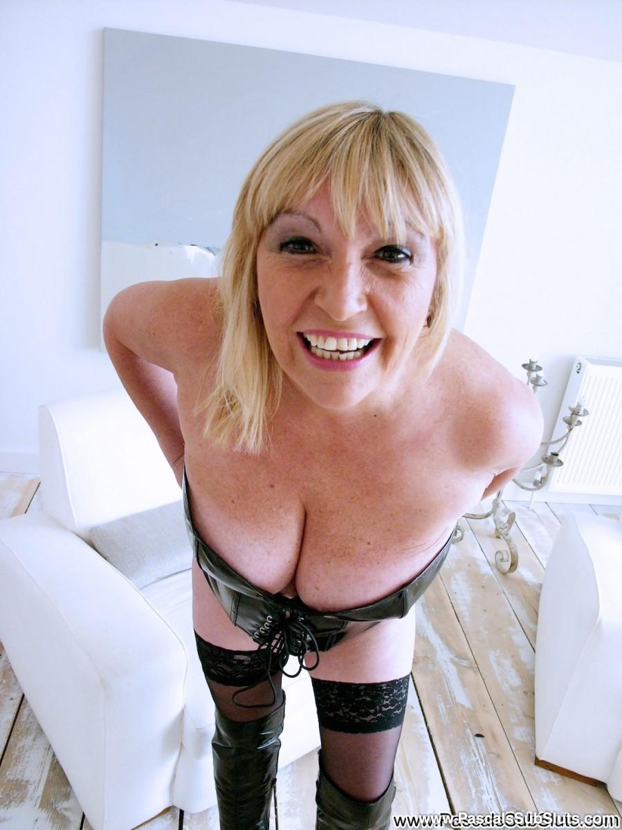 naked lady on secret camera