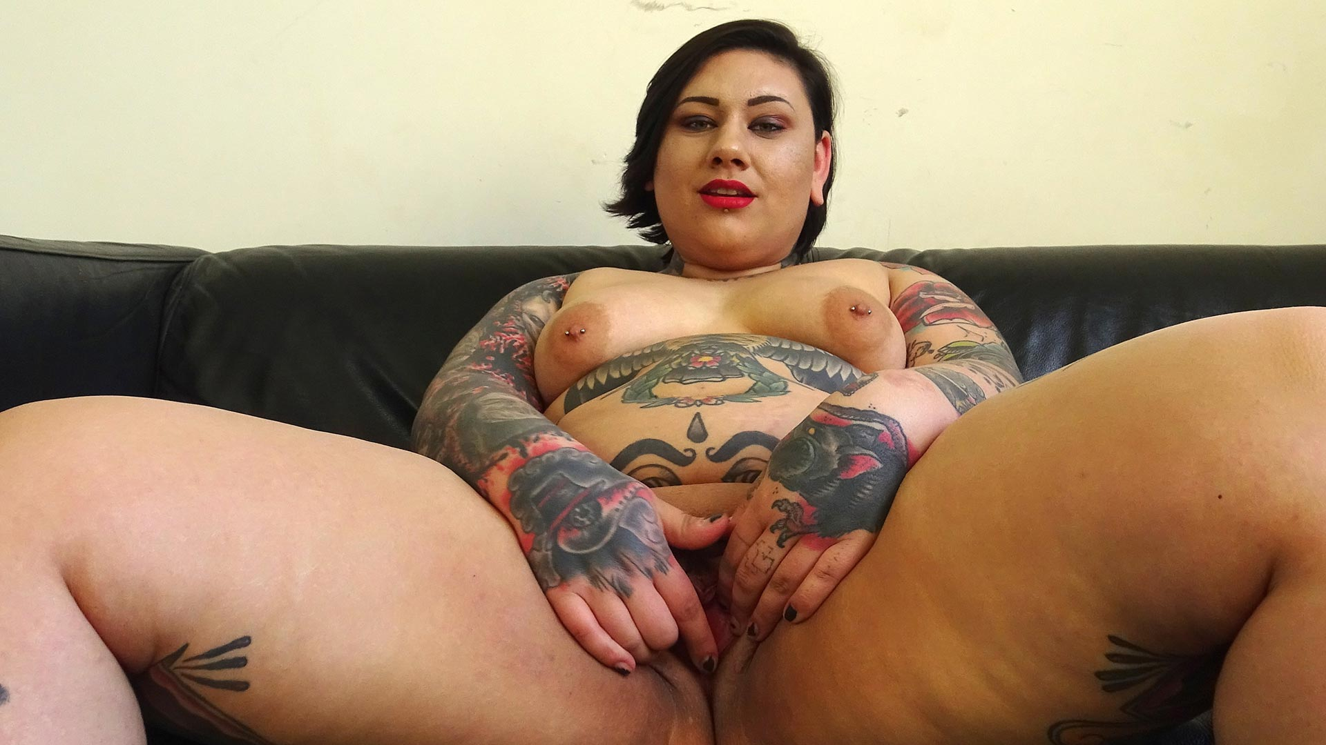 Preview Pascal Sub Sluts - SubSlut  Lily Brutal: choking herself during her solo vid